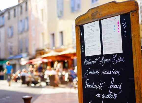 Cuisine maison, un panneau à mettre en avant devant le restaurant et sur internet
